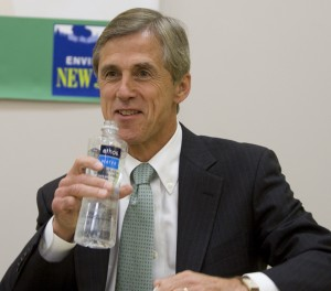 Chris Daggett, Independent candidate for Governor, drinks bottled water at NJ debate on energy & environmental issues